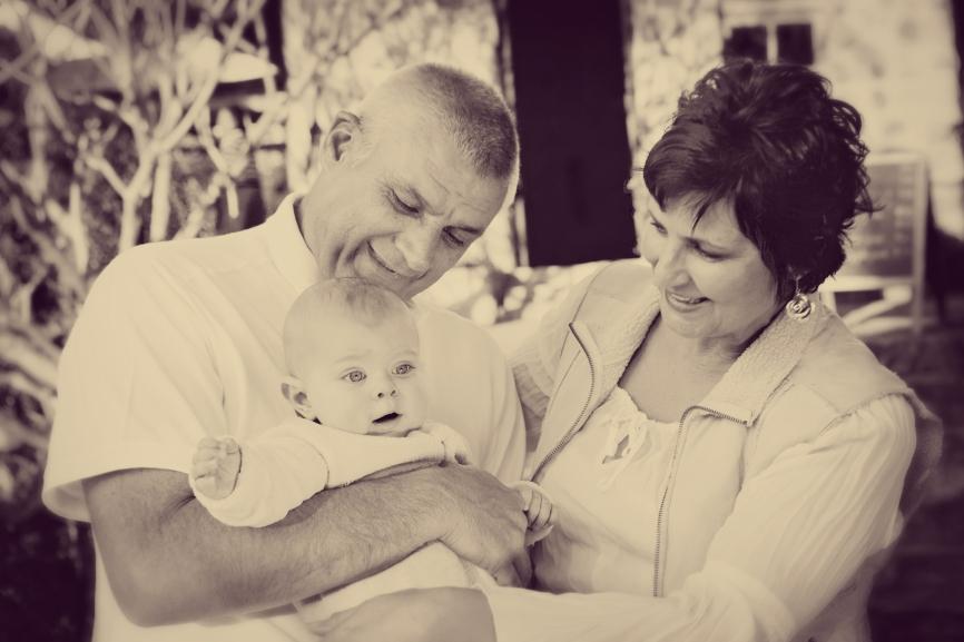 stockfresh_id675476_vintage-grandparents-and-grandchild-outdoors_sizeS